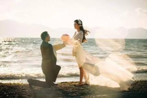 晚婚过得好的女命 注定晚婚的八字特征